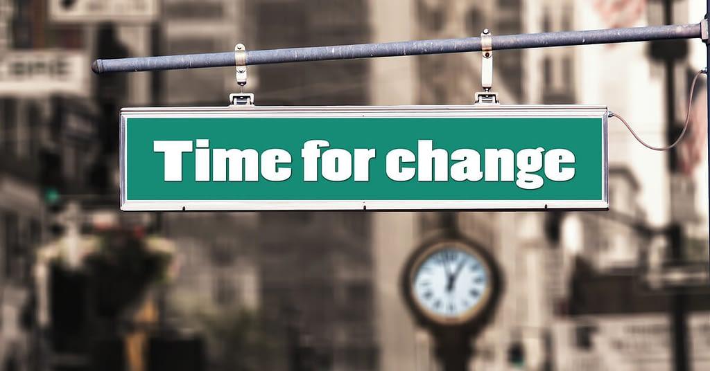 تخلّص من أية عادة سيئة time for change sign